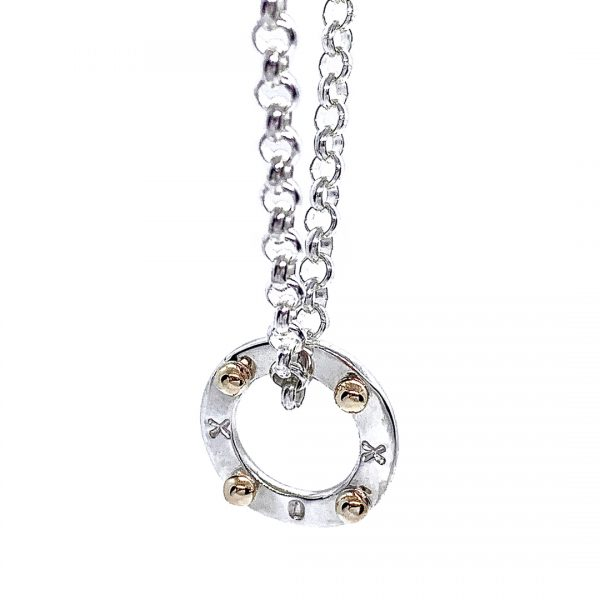 Caroline Jones XOXO disc with 9ct melted gold belcher chain 02