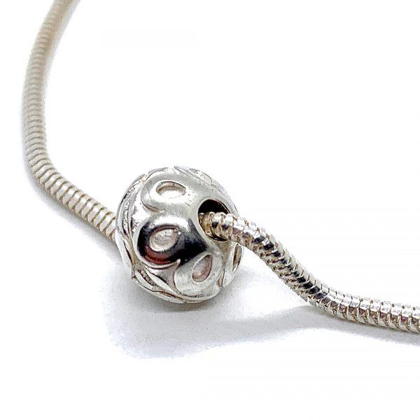 Caroline Jones flower sphere on snake chain bracelet 02