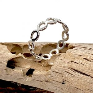 Caroline Jones little circles ring (sterling silver) 03