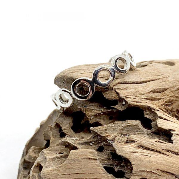Caroline Jones little circles ring (sterling silver) 04
