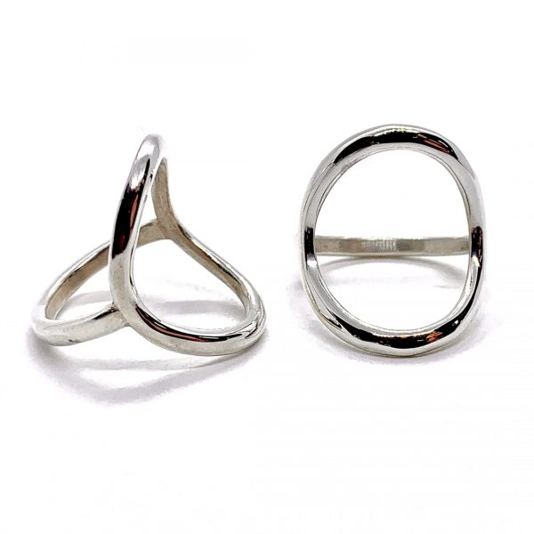 Caroline Jones saddle ring 01