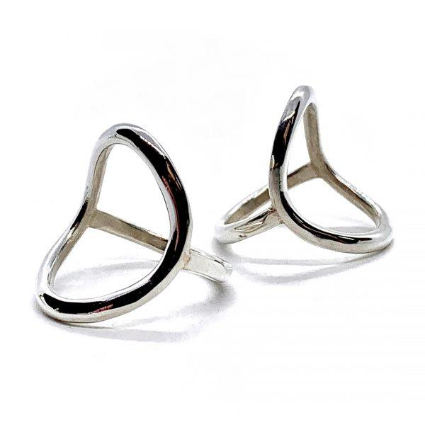 Caroline Jones saddle ring 02