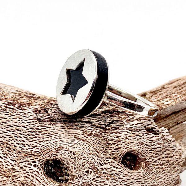 Caroline Jones silhouette charm ring 06