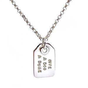 Caroline Jones swing tag necklace 01
